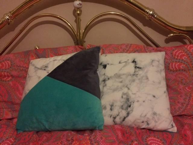 Marble cushions
